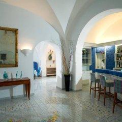 Отель Gatto Bianco Hotel & SPA Италия, Капри - отзывы, цены и фото номеров - забронировать отель Gatto Bianco Hotel & SPA онлайн гостиничный бар