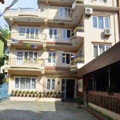 Отель Lekali Homes Непал, Катманду - отзывы, цены и фото номеров - забронировать отель Lekali Homes онлайн вид на фасад