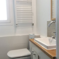 Отель Apartamento Alderdi eder Испания, Сан-Себастьян - отзывы, цены и фото номеров - забронировать отель Apartamento Alderdi eder онлайн ванная