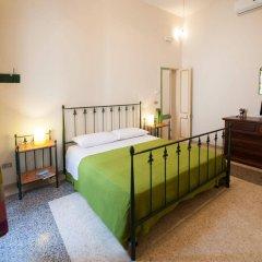 Отель B&B Li Chipuri Лечче комната для гостей фото 4