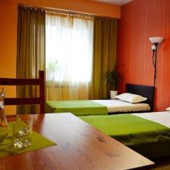 Гостиница Грин Отель в Иркутске 1 отзыв об отеле, цены и фото номеров - забронировать гостиницу Грин Отель онлайн Иркутск комната для гостей фото 8