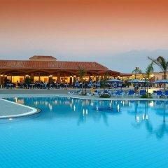 Отель Tsokkos Paradise Village бассейн