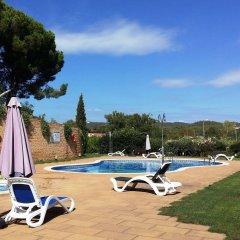 Отель Cala Boadella I Испания, Льорет-де-Мар - отзывы, цены и фото номеров - забронировать отель Cala Boadella I онлайн бассейн фото 2