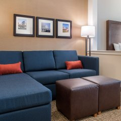 Отель Comfort Suites Columbus Airport США, Колумбус - отзывы, цены и фото номеров - забронировать отель Comfort Suites Columbus Airport онлайн комната для гостей