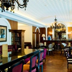 Отель InterContinental Porto - Palacio das Cardosas гостиничный бар