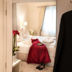 Hotel Amadeus комната для гостей