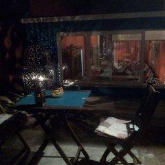 Отель Porto Riad Guest House бассейн