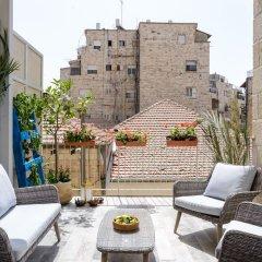 Old City - Young Vibes Израиль, Иерусалим - отзывы, цены и фото номеров - забронировать отель Old City - Young Vibes онлайн балкон