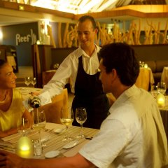 Отель InterContinental Bora Bora Resort and Thalasso Spa гостиничный бар