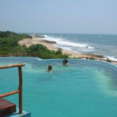 Отель Kirinda Beach Resort с домашними животными