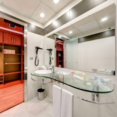 Отель Monte Triana Испания, Севилья - отзывы, цены и фото номеров - забронировать отель Monte Triana онлайн ванная фото 2