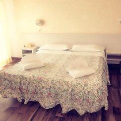 Отель Brenta Италия, Римини - 1 отзыв об отеле, цены и фото номеров - забронировать отель Brenta онлайн комната для гостей фото 5