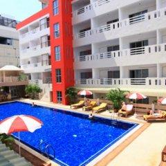 Отель Eastiny Place Паттайя бассейн фото 3