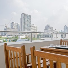 Отель AVANI Atrium Bangkok Таиланд, Бангкок - 4 отзыва об отеле, цены и фото номеров - забронировать отель AVANI Atrium Bangkok онлайн балкон