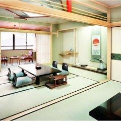 Отель Enjoy The Night View Of Nagasaki And Shippoku Cuisine | Nissho Cans New Wing Baishokaku Нагасаки комната для гостей фото 4