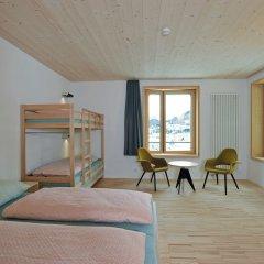 Отель Youth Hostel St. Moritz Швейцария, Санкт-Мориц - отзывы, цены и фото номеров - забронировать отель Youth Hostel St. Moritz онлайн комната для гостей фото 5