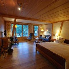 Отель Boutique Hotel Alpenrose Швейцария, Шёнрид - отзывы, цены и фото номеров - забронировать отель Boutique Hotel Alpenrose онлайн комната для гостей фото 5