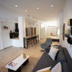 Отель Modern 2bed 2bath Loft in Acropolis area Афины комната для гостей фото 5
