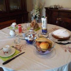 Отель B&B Piazzola - Casa Emanuela Италия, Лимена - отзывы, цены и фото номеров - забронировать отель B&B Piazzola - Casa Emanuela онлайн питание фото 2