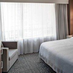 Отель Courtyard by Marriott Downtown Toronto Канада, Торонто - отзывы, цены и фото номеров - забронировать отель Courtyard by Marriott Downtown Toronto онлайн комната для гостей фото 2