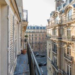 Отель We Stay - Arc de Triomphe 75017 Франция, Париж - отзывы, цены и фото номеров - забронировать отель We Stay - Arc de Triomphe 75017 онлайн балкон