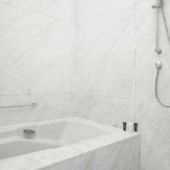 Отель New Coast Hotel Manila Филиппины, Манила - отзывы, цены и фото номеров - забронировать отель New Coast Hotel Manila онлайн ванная
