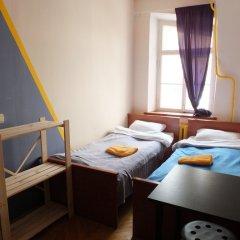 Гостиница Breaking Bed комната для гостей фото 5