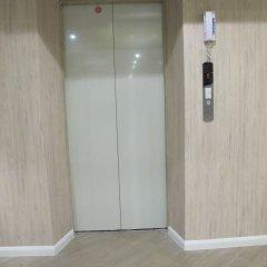 Отель Suvarnabhumi Oriental Resort Бангкок сейф в номере