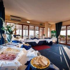 Отель Best Western Hotel La Baia Италия, Бари - отзывы, цены и фото номеров - забронировать отель Best Western Hotel La Baia онлайн питание фото 2