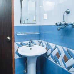 Отель Backyard Hotel Непал, Катманду - отзывы, цены и фото номеров - забронировать отель Backyard Hotel онлайн ванная