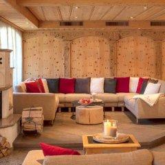Отель Swiss Alpine Hotel Allalin Швейцария, Церматт - отзывы, цены и фото номеров - забронировать отель Swiss Alpine Hotel Allalin онлайн интерьер отеля
