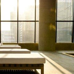 Отель Conrad Seoul Южная Корея, Сеул - 1 отзыв об отеле, цены и фото номеров - забронировать отель Conrad Seoul онлайн бассейн фото 2