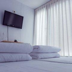 ART Hostel & Apartments Тирана комната для гостей фото 3