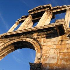 Отель Back To Tradition In The Heart Of Plaka Греция, Афины - отзывы, цены и фото номеров - забронировать отель Back To Tradition In The Heart Of Plaka онлайн приотельная территория