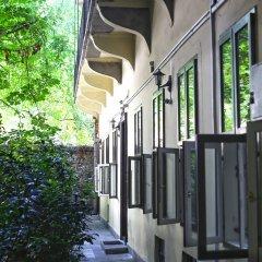 Отель Amber Gardenview Studios вид на фасад фото 3