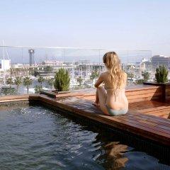 Отель Duquesa De Cardona Испания, Барселона - 9 отзывов об отеле, цены и фото номеров - забронировать отель Duquesa De Cardona онлайн бассейн фото 2
