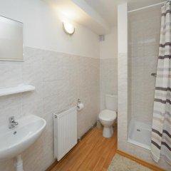 Отель Usedlost Kotlářka Чехия, Прага - отзывы, цены и фото номеров - забронировать отель Usedlost Kotlářka онлайн ванная