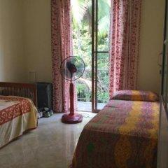 Отель Saaketha House Шри-Ланка, Пляж Golden Mile - отзывы, цены и фото номеров - забронировать отель Saaketha House онлайн комната для гостей фото 5