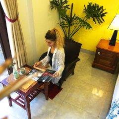 Отель friendlee house интерьер отеля