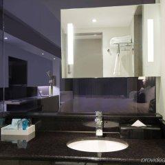 Отель Novotel Montreal Center Канада, Монреаль - отзывы, цены и фото номеров - забронировать отель Novotel Montreal Center онлайн ванная фото 2