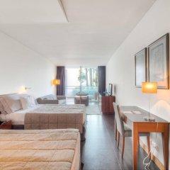 Отель Vidamar Resort Madeira - Half Board Only Португалия, Фуншал - отзывы, цены и фото номеров - забронировать отель Vidamar Resort Madeira - Half Board Only онлайн комната для гостей фото 4
