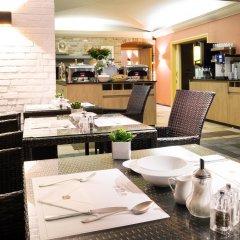 Отель Best Western Premier Hotel Weinebrugge Бельгия, Брюгге - 1 отзыв об отеле, цены и фото номеров - забронировать отель Best Western Premier Hotel Weinebrugge онлайн питание фото 3