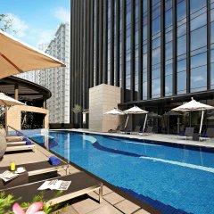 Carlton City Hotel Singapore бассейн