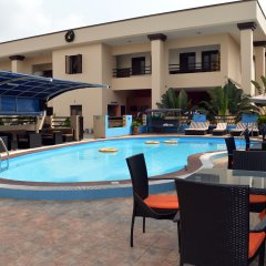 De Santos Hotel бассейн