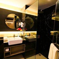 Отель Glow Sukhumvit 5 By Centropolis Бангкок ванная фото 2