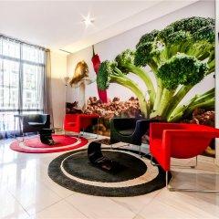 Отель Exe Ramblas Boqueria интерьер отеля