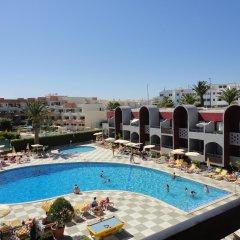 Отель Muthu Oura Praia Hotel Португалия, Албуфейра - 1 отзыв об отеле, цены и фото номеров - забронировать отель Muthu Oura Praia Hotel онлайн бассейн