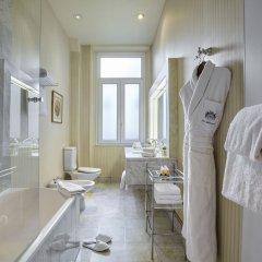 Отель Westminster Opera Париж ванная