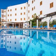 Отель Arcos Playa Apts бассейн