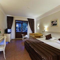 Отель Champion Holiday Village комната для гостей